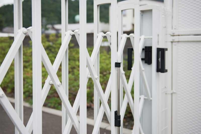 Export Retractable Gates